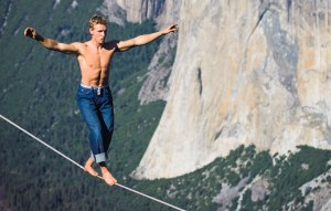 tightrope-walker_6_1415255a